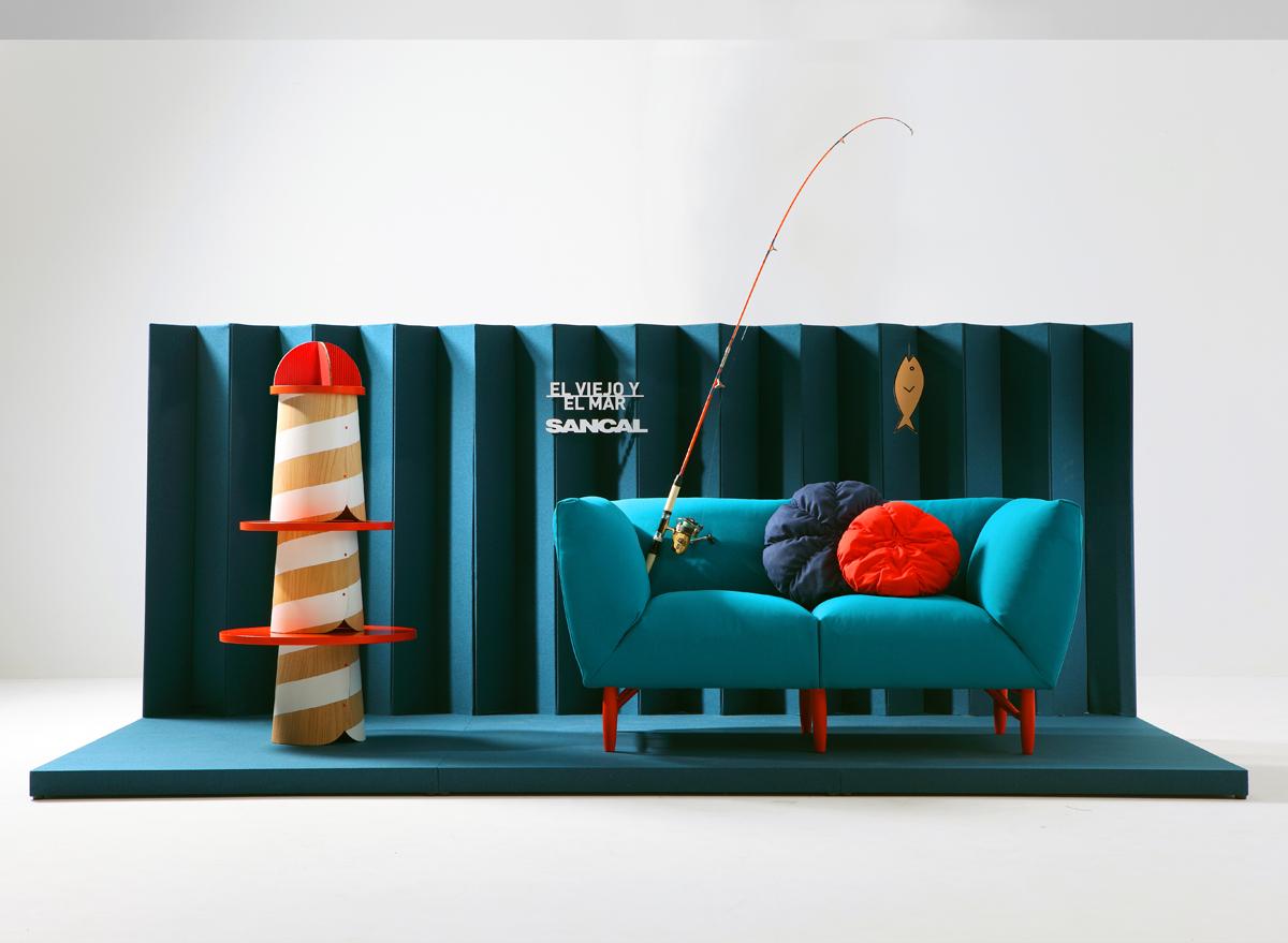 Мебель на рекламных постерах